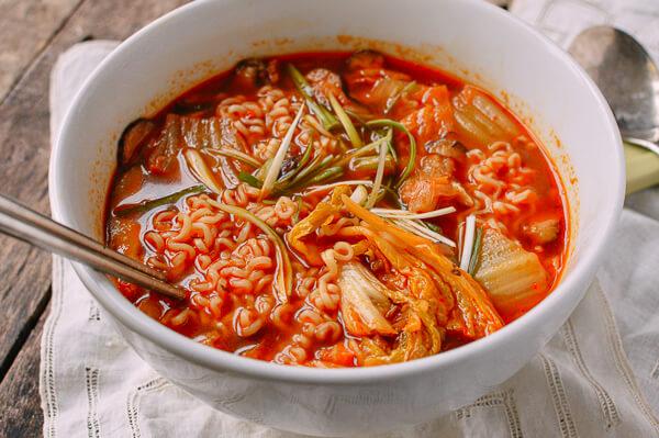 Kim chi cải thảo cô hường 100g túi zíp tiện lợi cho mọi bữa ăn