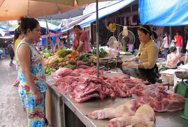 Biến động giá thịt lợn tại thị trường Việt Nam